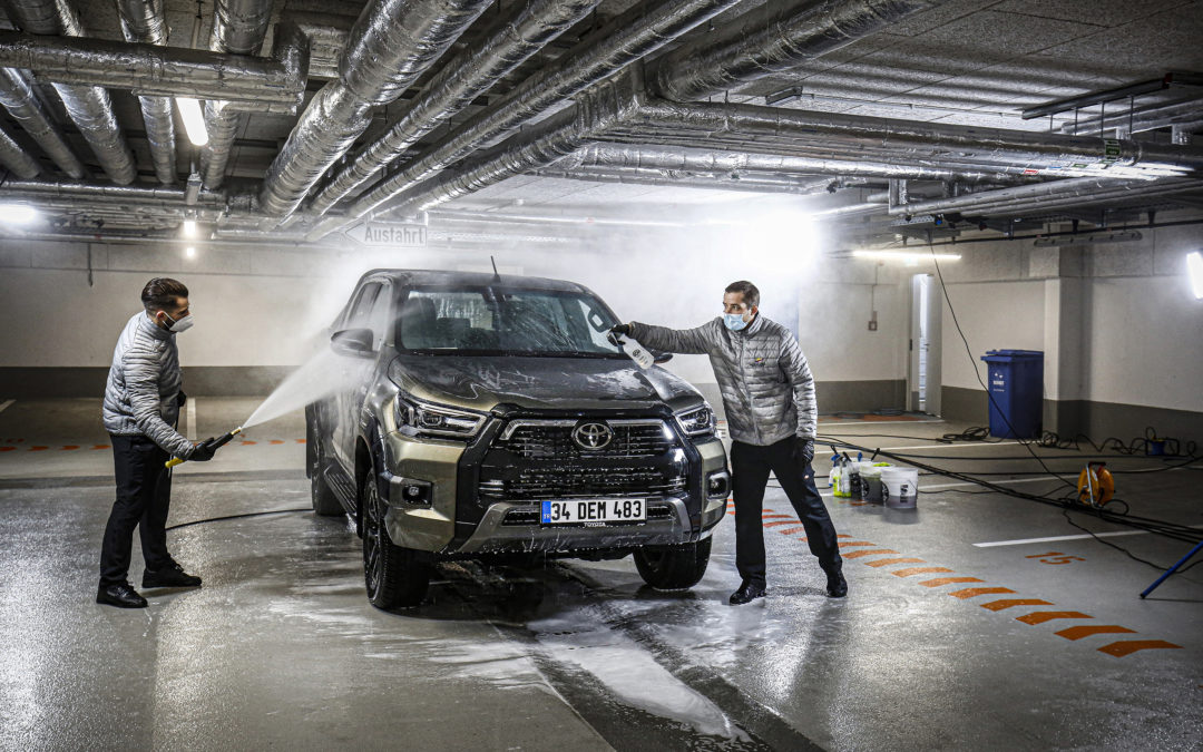 DETAILING TO RENEW YOUR CAR
